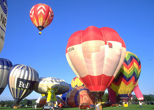 Hot-air balloons in Edmonton